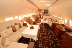 MJet-Airbus-ACJ319-Lounge-1.2016-09-01-09-28-43-300x200