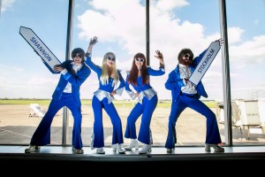 ABBA-at-Shannon-Airport-welcoming-the-new-Shannon-to-Stockholm-air-service-announced-today-300x200