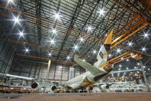 csm_A380_maintenance_copyright_Etihad_Airways_Engineering_3e8ee0ca1b-300x200